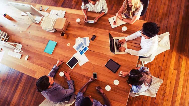 Diferenças e Vantagens entre a Intranet e as Redes Sociais Corporativas